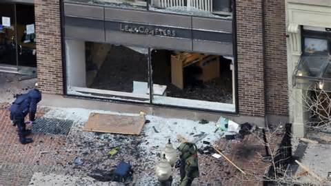 Boston bombed business 04252013 - 'Terror' Threatens Insurance Payouts