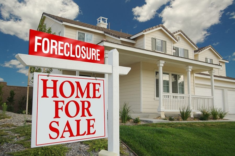Past Bankruptcy or Foreclosure? You Can Still Buy a Home
